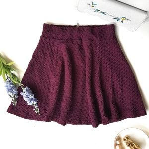 H&M Maroon Circle Skirt With Texture Pattern XS